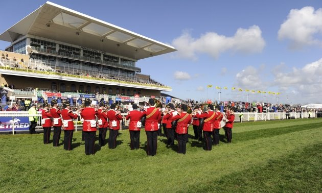aintree_band0.jpg
