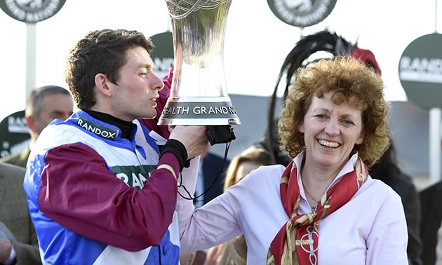 derek_fox_lucinda_russell_grand_national_trophy_630_x_3780.jpg